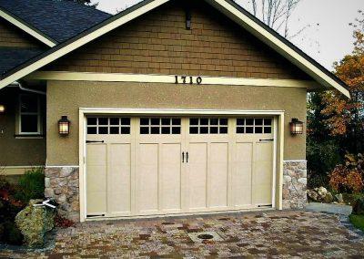 doors-garage-doors-garage-doors-prairie-style-garage-doors-aluminum